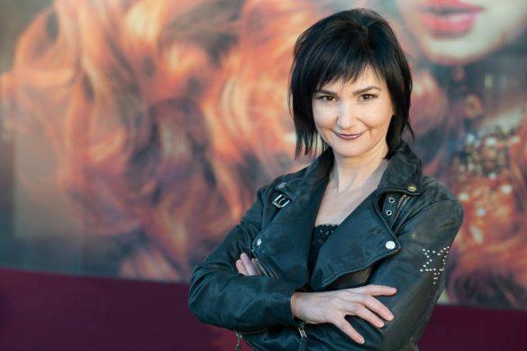 Eva Sausenk Inhaberin Hairport